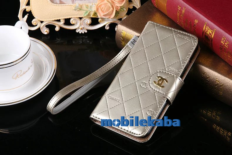 iphone8/7 Chanelシャネルmobilekaba口コミ鏡ありカード収納