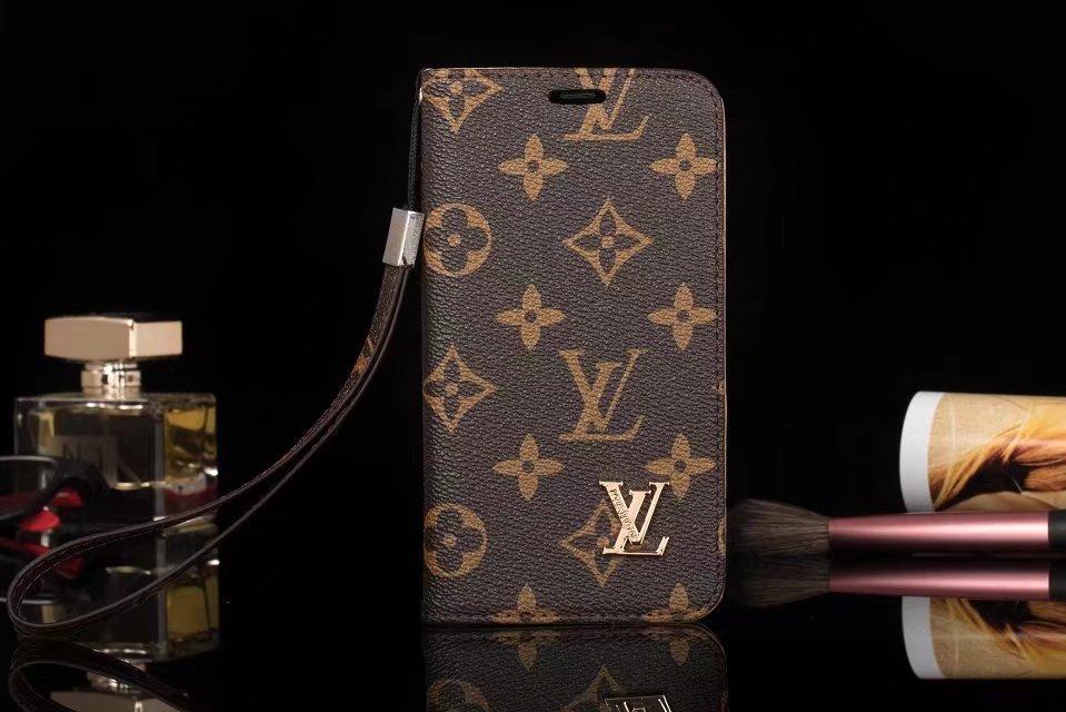 黒のモノグラム柄のルイヴィトンLV 財布型 iphone8/7/6s プラス 革ケース