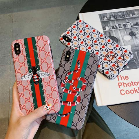 ブランド グッチ iphone 11Pro Max/11ケース レディス向け GUCCI アイフォン 11/xrケース 蜜蜂柄 おしゃれ 菱形紋 IPHONE xs max/xsケース グッチ 蛇柄
